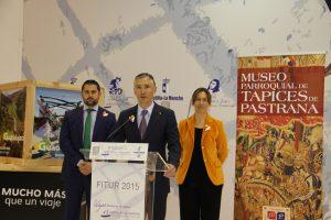 Pastrana mostró su nuevo Museo de los Tapices flamencos en FITUR