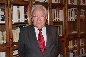 Ciriaco Morón, humanista, filólogo y experto en Historia de las Ideas