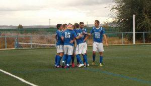 Felicitando a Ivan paor el gol