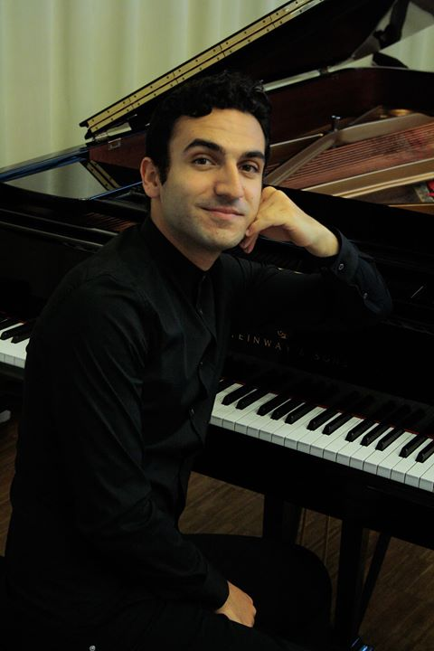 """Recital de piano """"España-Europa"""". Sala Ibercaja."""