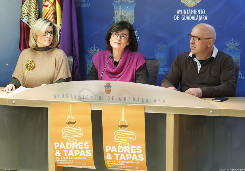 Presentación de la campaña comercial del Día del Padre, con representantes de las federaciones locales de comercio