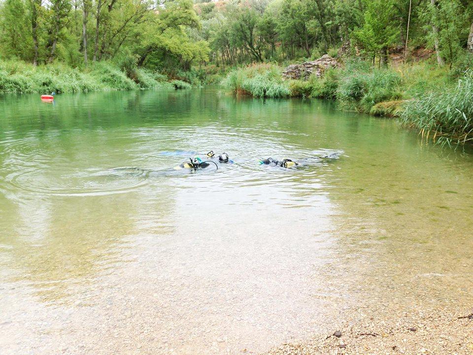 Bautismos de buceo – Prueba el buceo en un río