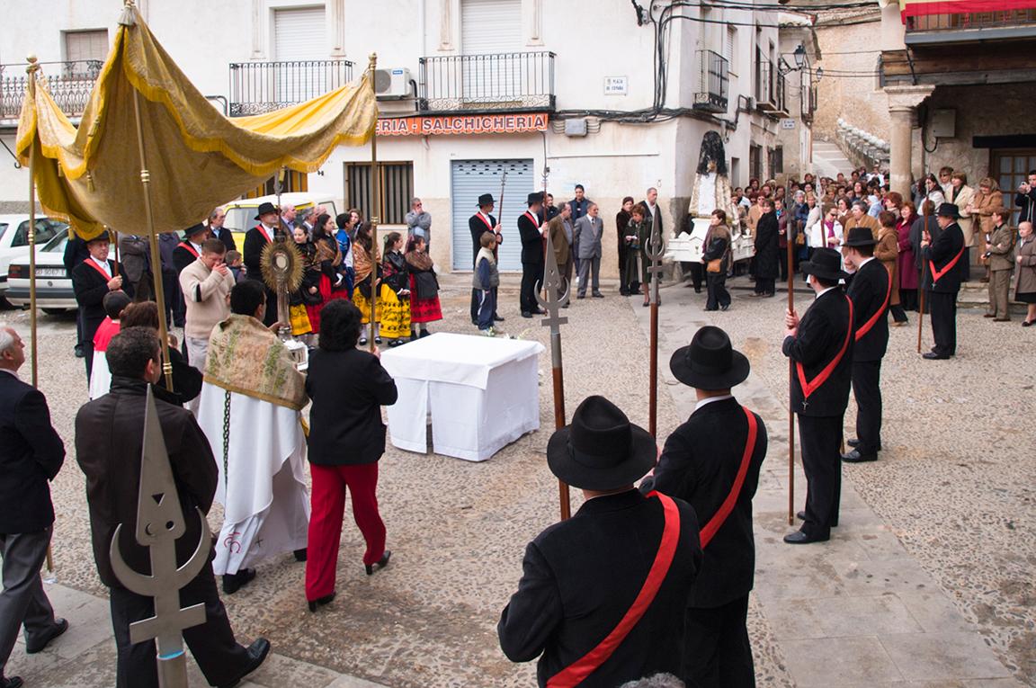 Los Soldados de Cristo. Escolta al abad Rendición de lanzas y lavatorio BUDIA