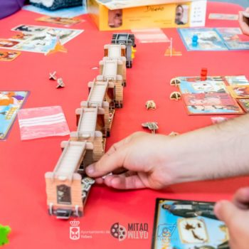 Valdeluz acoge la mayor feria de juegos de mesa y rol